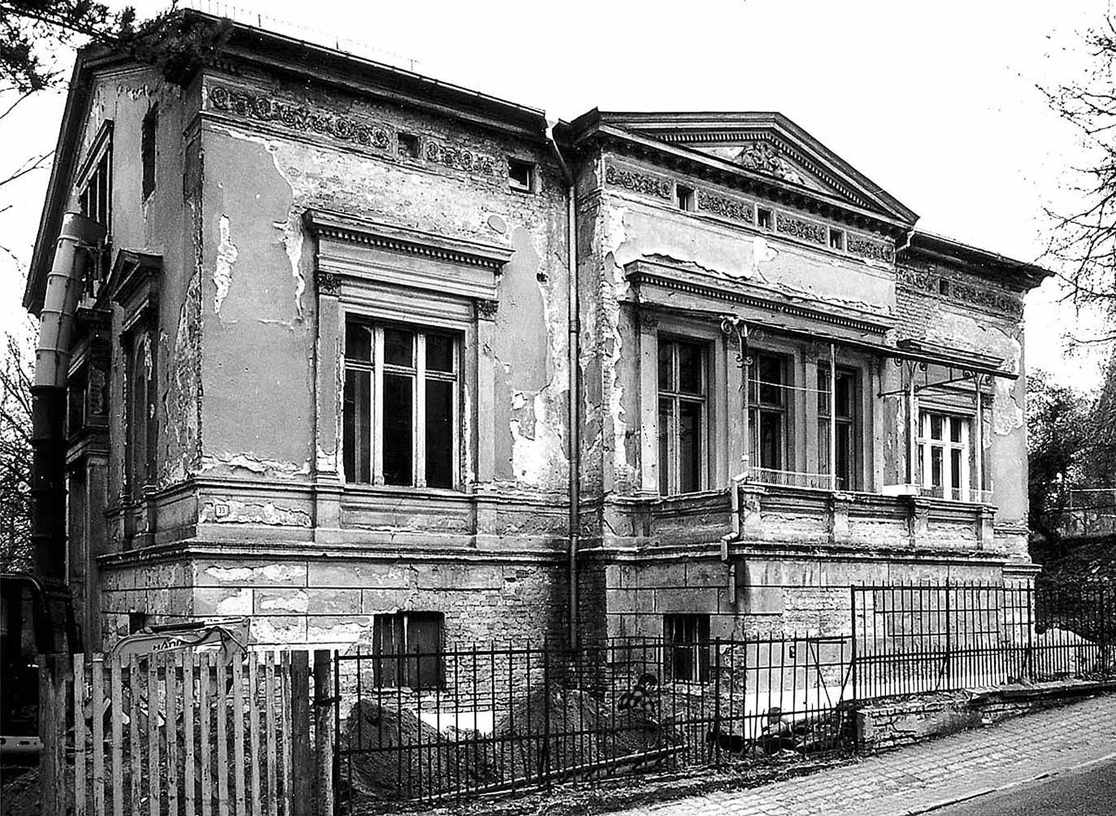 Der desolate Zustand der Villa vor der Sanierung