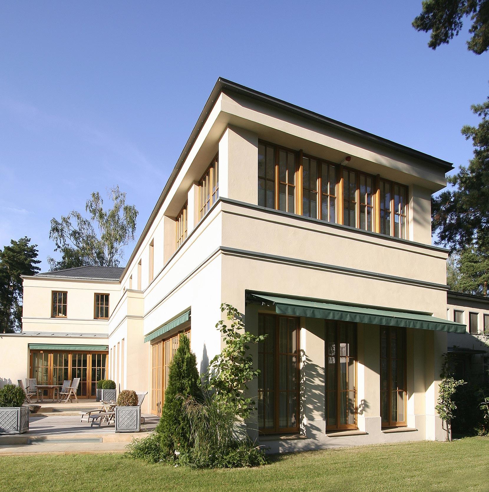 English inspired domizil mit landhausflair neubau einer villa im englischen landhausstil - Architekten deutschland ...