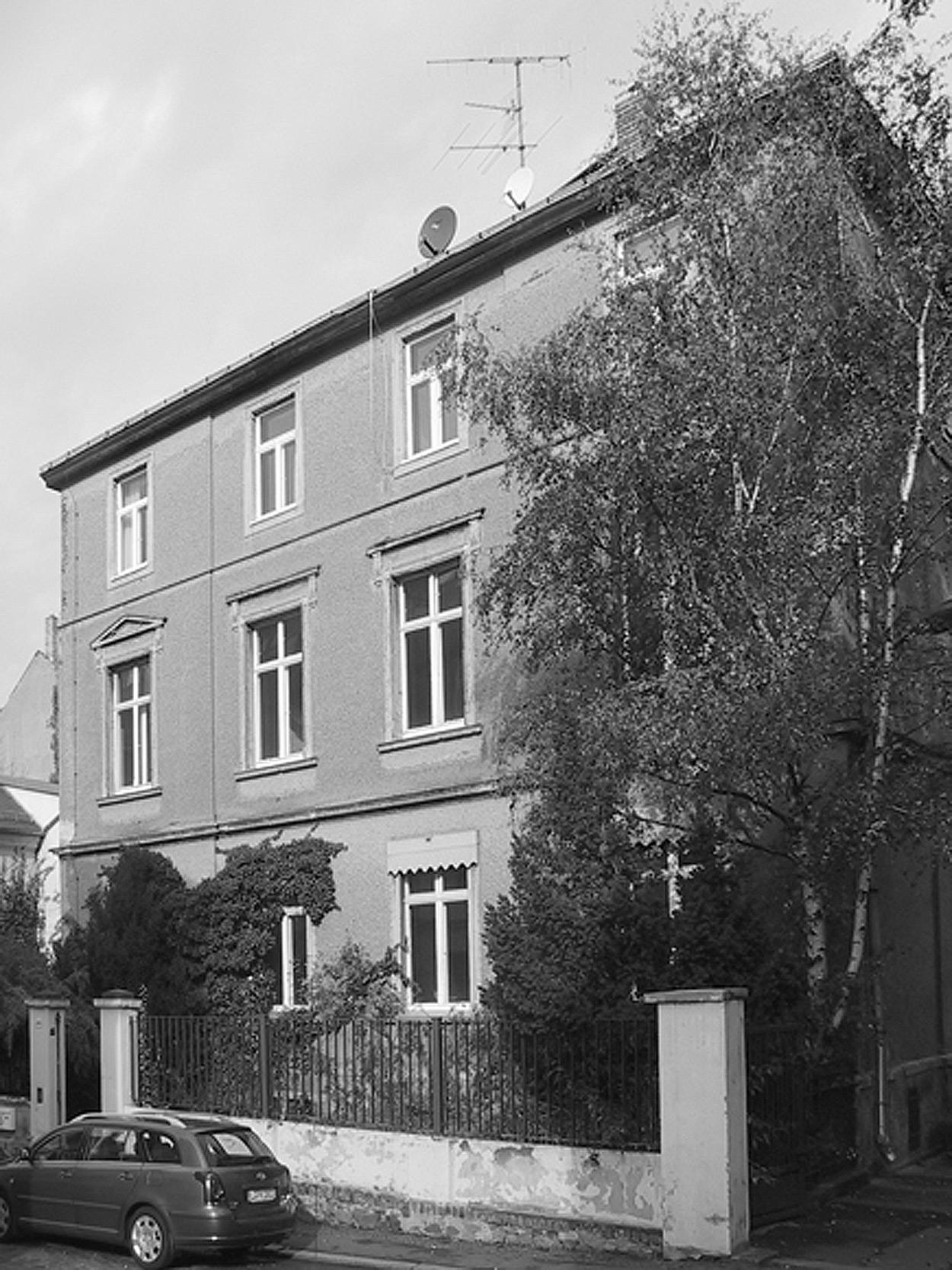 Zustand des Wohnhauses vor Baubeginn in abrissreifem Zustand