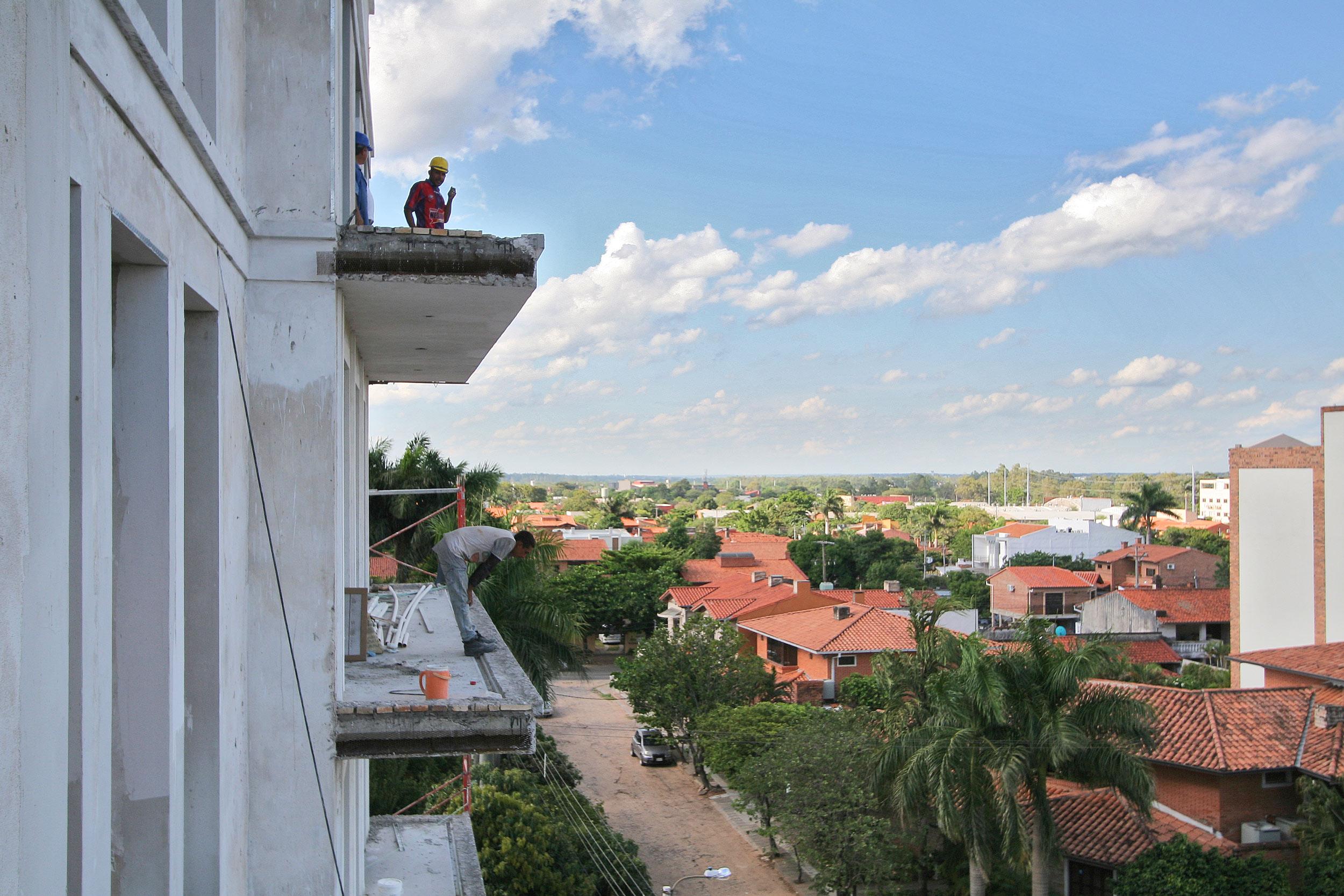 GOETHE RESIDENZEN - Neubau eines Appartementhauses mit exklusiven Wohnungen - Balkonterrassen erweitern die Innenräume und eröffnen einen schönen Ausblick.