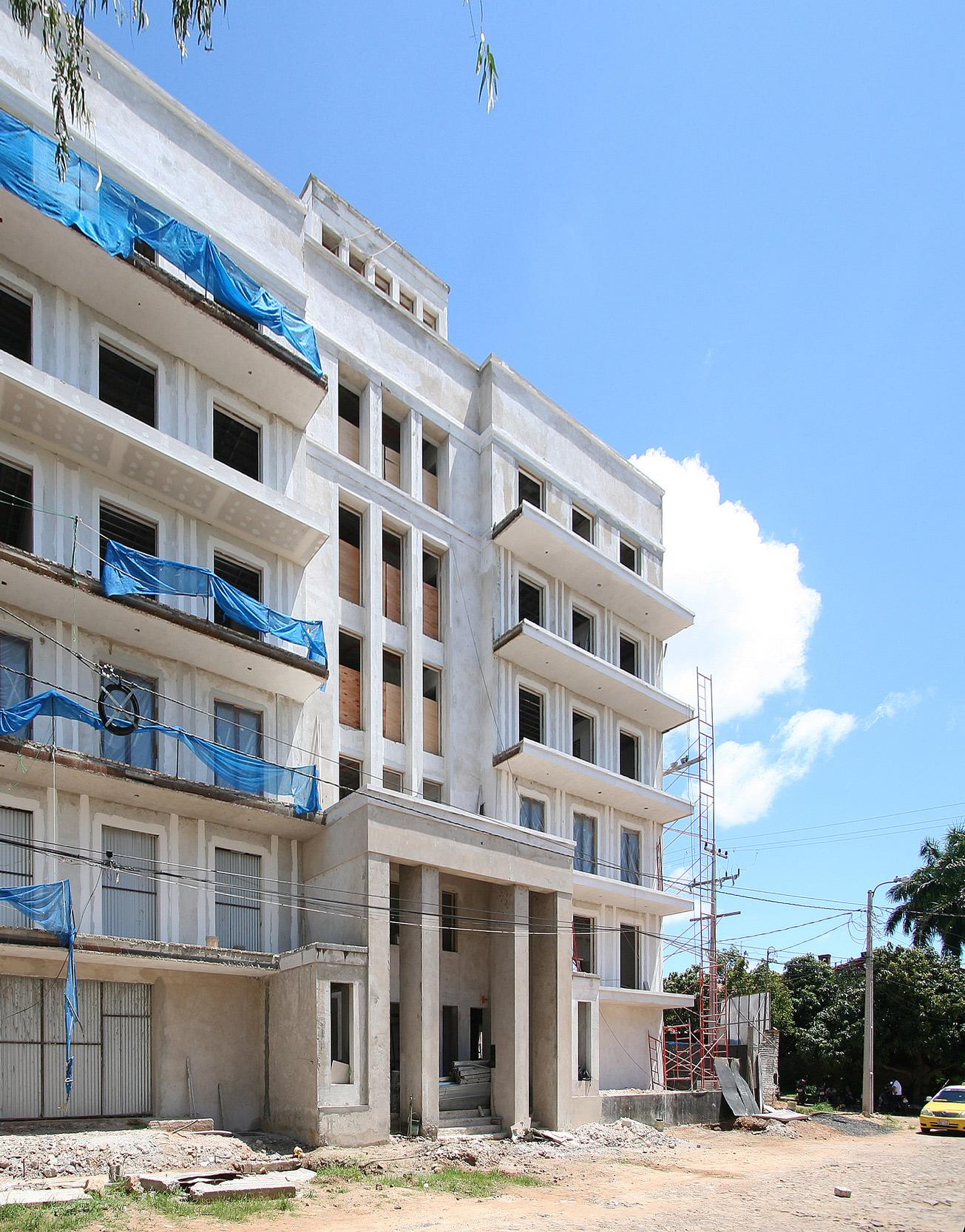 GOETHE RESIDENZEN - Neubau eines Appartementhauses mit exklusiven Wohnungen - Akzente setzt die Kombination aus Putz und Naturstein in der Fassadenstruktur.