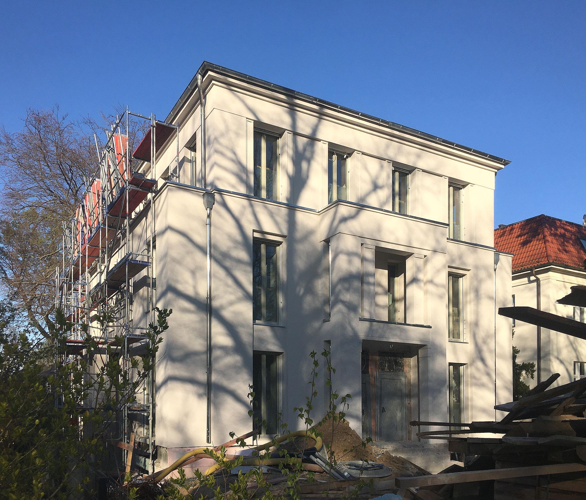 Hier entstehen Maisonette-Wohnungen in einer Toplage in Berlin-Dahlem.